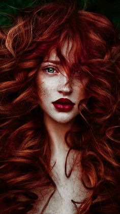 Yvonne Wells is a 18 year old girl with wild blood red hair, dark green eyes and skin as peachy as ever, but one thing she does not know about herself is that. Portrait Photos, Portrait Photography, Pelo Multicolor, Redhead Girl, Brunette Girl, Woman Drawing, Drawing Hair, Drawing Faces, Drawing Lips