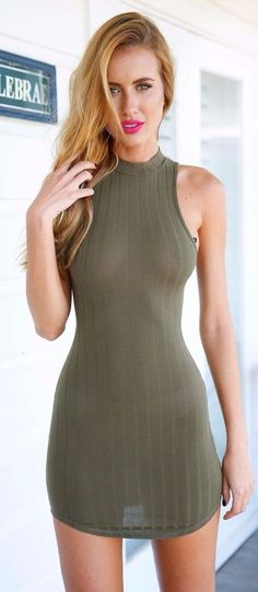 Cute Casual Outfits, Sexy Outfits, Dress Outfits, Fashion Dresses, Tight Dresses, Short Dresses, Girls In Mini Skirts, Going Out Outfits, Long Bridesmaid Dresses