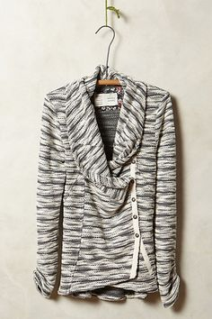 Love this sweater blazer from Anthro SO much!!! Fall is coming! //Sidewinder Blazer - anthropologie.com