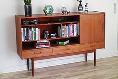 teakskaenk1 Home Look, Midcentury Modern, Sideboard, Bookcase, Mid Century, House Design, Shelves, Cabinet, Living Room