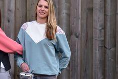 crearetro-raglanpulli-14 Bell Sleeves, Bell Sleeve Top, Raglan, Tops, Fashion, Contrast Color, Sewing Patterns, Moda, Fashion Styles