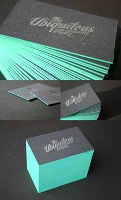 E pra acabar com a monotonia nos cartões de visita, que tal dar um pouco de cor a suas bordas? Pode ser azul, rosa, colorido, dourado, prata. Com caneta, tinta ou foil metalizado. O que não faltam …