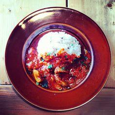 """今日の""""ohanaランチ""""、メインは、""""牛すじ肉とゴボウトマト煮 有機十穀米ごはん添え""""でした。  あ〜、癒される…。 - @uneclef- #webstagram"""