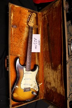 1959 Stratocaster - the natural electric beauty that started it all ^ ^