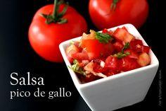 Salsa pomidorowa pico de gallo - Blog Ale Meksyk! Tex Mex, Mole, Appetizers For Party, Chipotle, Flan, Bruschetta, Finger Foods, Healthy Recipes, Healthy Food