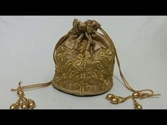 How To Make Batua (potli bag )/Batua Bag Making At Home Fabric Gifts, Fabric Bags, Crochet Socks Tutorial, Diy Purse Organizer, Homemade Bags, Diy Bags Tutorial, Potli Bags, Beaded Jewelry Designs, Simple Bags