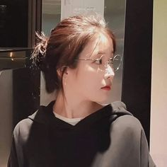 Lấy ghi cre id tiktok : jieanyeong If you take this picture you have to cre my id tiktok : jieanyeong Cool Girl, My Girl, The Wedding Singer, Ulzzang Korean Girl, Iu Fashion, Korean Artist, Korean Celebrities, Aesthetic Girl, My Princess