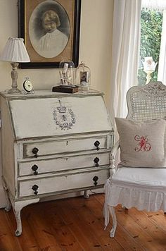FRENCH STYLE SHABBY CHIC PAINTED WRITING DESK - Like the drop pulls with this style