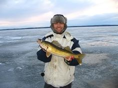 1000 images about ice fishing adventures on pinterest for Best ice fishing flasher