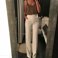 Wide pants, brown top, summer, trend, casual.
