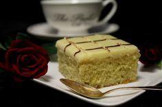 Kakkuviikarin vispailuja!: Sitruuna- valkosuklaapalat Sweet Pie, Deli, Vanilla Cake, Tiramisu, Cake Recipes, Cheesecake, Food And Drink, Pudding, Baking