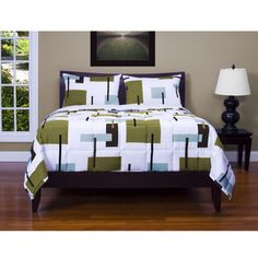 @Overstock - With this patterned three-piece comforter set, you can transform the look of your bedroom without redecorating. The set includes a comforter and two shams, each printed in a retro-inspired geometric design that will energize your space.http://www.overstock.com/Bedding-Bath/Reconstruction-3-pc-Comforter-Set/7154544/product.html?CID=214117 $99.99