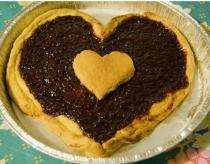 Heart valentine cake pan.JPG