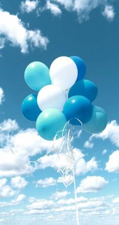 Blue Aesthetic Discover art background balloons baloon beautiful beauty blue color colorful design fashion fashionable girly inspiration kawaii luxury pastel pink pretty soft still life style texture vintage wallpaper wallpapers we heart it woman Bild von Light Blue Aesthetic, Blue Aesthetic Pastel, Aesthetic Pastel Wallpaper, Aesthetic Colors, Aesthetic Backgrounds, Aesthetic Pictures, Blue Aesthetic Tumblr, Aesthetic Grunge, Aesthetic Anime