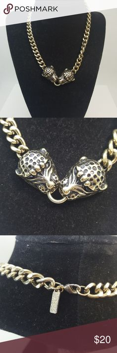 Gorgourse gold tone statement necklace Gorgeous gold tone statement necklace Jewelry Necklaces
