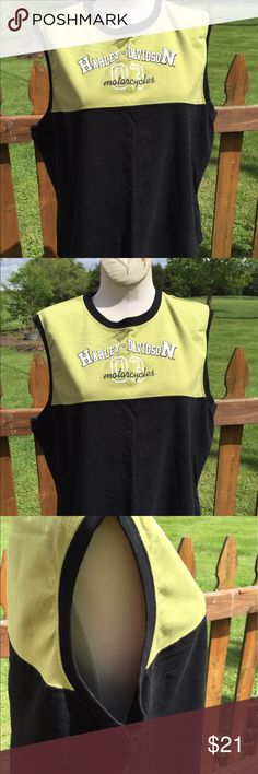 """Harley Davidson Sleeveless Shirt Size 1 W Size 1W. Super gently preowned. Measures: pit to pit: 20.5"""". Bottom of the collar in the back to the bottom of the shirt: 22.5"""". Be sure to view the other items in our closet. We offer both women's and Mens items in a variety of sizes. Bundle and save!! Thank you for viewing our item!! Harley-Davidson Tops"""