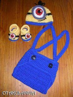 ¿Te gusta y quieres ver más? ¡Síguenos!: https://www.facebook.com/otakulandia.es/  Minion Disfraz (cosplay) Bebé realizado a mano en crochet ¡Perfecto para sus primeras fotos!