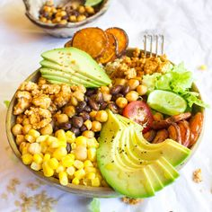 Ingredients:400g chicken mince1 cup of cooked Brown Rice1 Small Sweet Potato1 handful of mesclun lettuce1/2 can of Corn, drained and rinsed1/2 can of black beans, drained and rinsed1/2 can of chickpeas, drained and rinsed1 avocado1/2 Red onion1 taco seasoning packet1/4 Tsp of Garlic Salt1/4 Tsp of Cayenne Pepper1/4 T