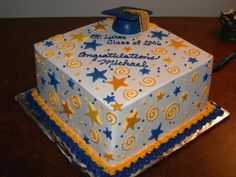 Google Image Result for http://www.cakepicturegallery.com/d/511-2/graduation%2Bcake%2Bwith%2Bstars%2Band%2Bgraduation%2Bhat.jpg