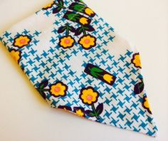 Shabby chic look for your gal pet's next park date. Teal and yellow vintage French Fabrics Intl textile reverses to a Liberty look Monogram by CollarRap on Etsy
