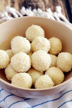 Kubełek Smakowy: 3-składnikowe pralinki kokosowe