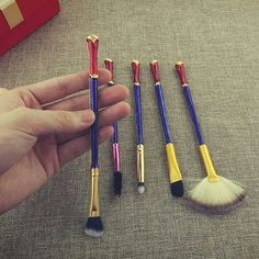 How did someone not get me these for Christmas!?-wonder woman cosmetic brushes