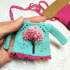 Irresistible Crochet a Doll Ideas. Radiant Crochet a Doll Ideas. Knitting Dolls Clothes, Crochet Doll Clothes, Knitted Dolls, Doll Clothes Patterns, Crochet Dolls, Knitting Patterns, Crochet Patterns, Little Cotton Rabbits, Knitting Accessories