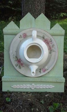 Can't wait to see what builds in my teapot birdhouse this year ... on coffee bird houses, flower bird houses, basket bird houses, tree bird houses, christmas bird houses, box bird houses, easy to make bird houses, silver bird houses, pan bird houses, book bird houses, clock bird houses, really easy bird houses, spoon bird houses, vintage bird houses, porcelain bird houses, cream bird houses, teacup bird houses, watering can bird houses, tea cup bird feeder poem, kettle bird houses,