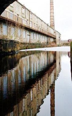 ENGLISH Heritage has launched a campaign to bring hundreds of disused and derelict mills in East Lancashire back into use.