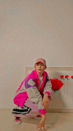 Lee Taeyong, Yang Yang, My Boo, Pose Reference, Jaehyun, Nct Dream, Pretty Pictures, Nct 127, China