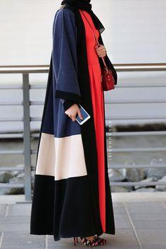 Fluid abaya