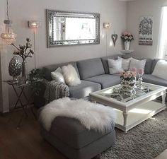 46 Magnificent Apartment Living Room Decorating Ideas On A Budget - Diy Wohnzimmer Cozy Living Rooms, Living Room Grey, Apartment Living, Rugs In Living Room, Living Room Designs, Living Room Themes, Living Room Ideas Grey And White, Living Room With Mirror, Living Room Ideas With Grey Couch