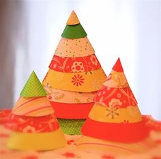 Little Lovables: Paper Christmas Trees