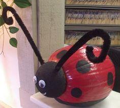 pumpkin decorating ideas | ladybug pumpkin-decorating-ideas | Halloween