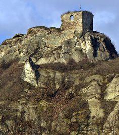 A világ 10 leghátborzongatóbb szellemvárosa Homeland, Hungary, Budapest, Monument Valley, Mount Rushmore, To Go, Harry Potter, Castle, Europe