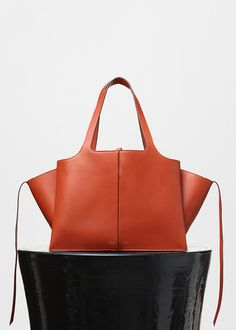 Medium Tri-Fold Shoulder Bag in Brick Supple Natural Calfskin - Céline