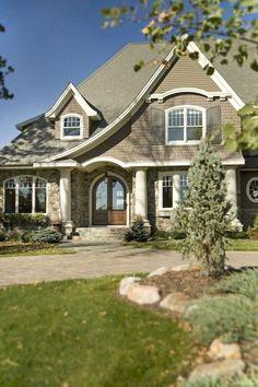 031 Amazing Cottage House Exterior Ideas