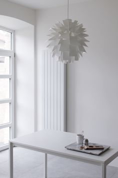 all white MA MAISON BLANCHE / Norm 69 / Tafelgut / Nicolas Vahe / Ikea White Stuff, All White, Summer Cabins, White Interiors, White Home Decor, White Houses, Earthy, Ikea, Interior Decorating