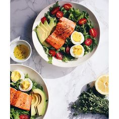 Salmon Salad With Avocado, Eggs And Lemon And Thyme Dressing via @feedfeed on https://thefeedfeed.com/salmon/csanyi/salmon-salad-with-avocado-eggs-and-lemon-and-thyme-dressing
