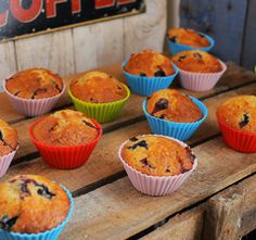 Villámgyors áfonyás-fehércsokis muffin Muffin, Sweet Life, Blueberry, Delish, Dessert Recipes, Breakfast, Food, Cupcake, Breakfast Cafe