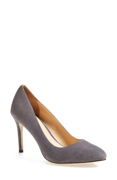 Comfortable heels for the working gal. Grey pumps