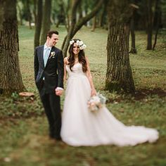 """From Chicago + Nashville? Why not blend the two together like this couple did in their rustic-glam """"Nashcago"""" themed wedding!"""