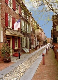 Beautiful historic Elfreth's Alley in Philadelphia, Pennsylvania.   A part of Philadelphia that most people don't know about.
