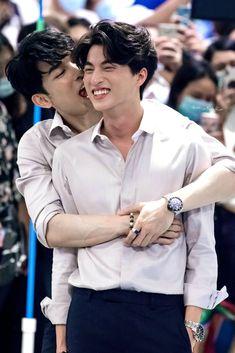 Cute Asian Guys, Asian Boys, Asian Men, Jungkook Thighs, French Boys, Gay Aesthetic, Cute Gay Couples, Lgbt, Cute Actors