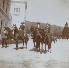 Grand Duchesses Tatiana and Olga, Livadia Palace, Crimea 1912