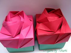 Origami by Tchami: Rose box tutorial Rosa Origami, Origami Rose Box, Instruções Origami, Origami Modular, Origami Wedding, Origami And Kirigami, Origami Dragon, Paper Crafts Origami, Useful Origami