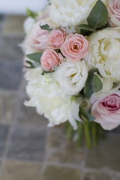Rose Peony Bouquet Bride Bridal Flowers Ivory Pink Modern Classic Grey White Chic Elegant Wedding http://www.chanelleknapp.com/