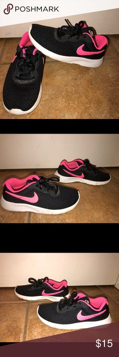 ed7a24f27e13bc Shop Kids  Nike Black Pink size Sneakers at a discounted price at Poshmark.  May need little cleaning.