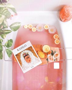 Take a dip into relaxation with some gorgeous bath inspiration for your pamper days! Budget Patio, Man Home Decor, Apartment Therapy, Pamper Days, Pink Baths, Dream Bath, George Nelson, Relaxing Bath, Estilo Retro