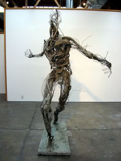 """ROBERT MICHAEL JONES (American)  """"RUNNER"""" STAINLESS STEEL, COPPER, BRONZE, AND CONCRETE 90in x 65in x 65in 2014 contact Anjela Piccard with inquiries or to schedule a private collectors viewing @whiteboxcontemporary +1.619.236.88.13 ROBERT MICHAEL JONES Robert Jones, a sculptor from rural Vermont, specializes in figure modeling, bronze casting, and metal fabrication. Sculpture Metal, Metal Art Projects, 3d Figures, Scrap Metal Art, Expressive Art, Weird Art, Land Art, Figurative Art, Art Blog"""